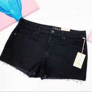 Universal Threads High Rise Shortie Shorts 12